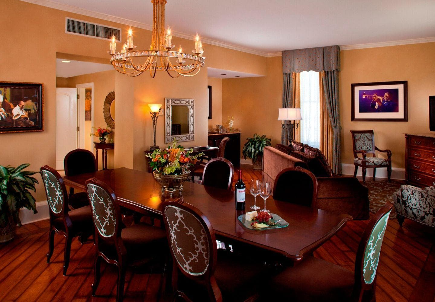 Rooms: The Roosevelt New Orleans
